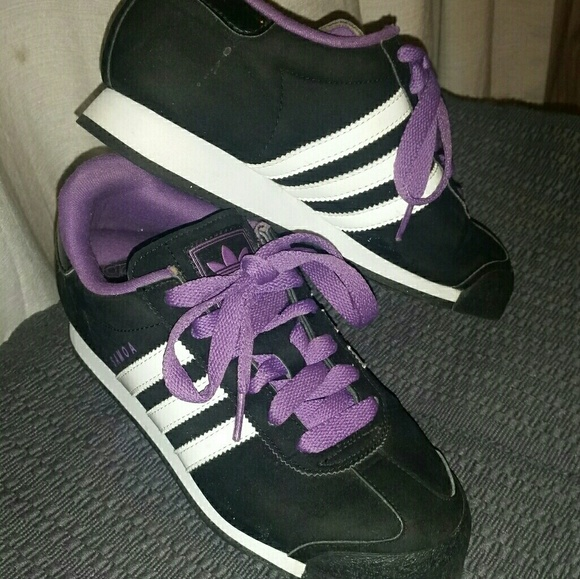 71c72023d adidas Shoes - Women s Adidas Samoa Athletic Walking Shoes ...